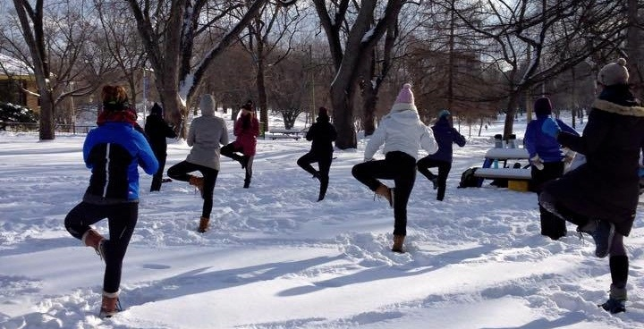 you can take free outdoor snow yoga classes in montreal this winter daily hive montreal. Black Bedroom Furniture Sets. Home Design Ideas