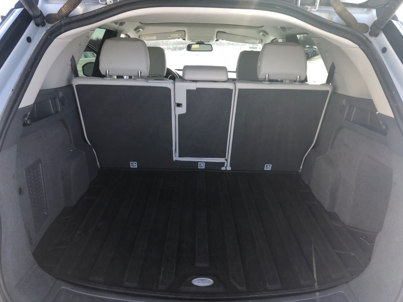 2016 Land Rover Discovery Sport HSE  - Sunroof - $289.83 B/W