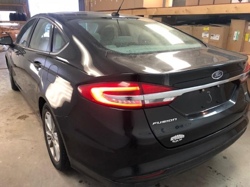 2017 Ford Fusion SE  - Bluetooth -  SiriusXM - $134.62 B/W
