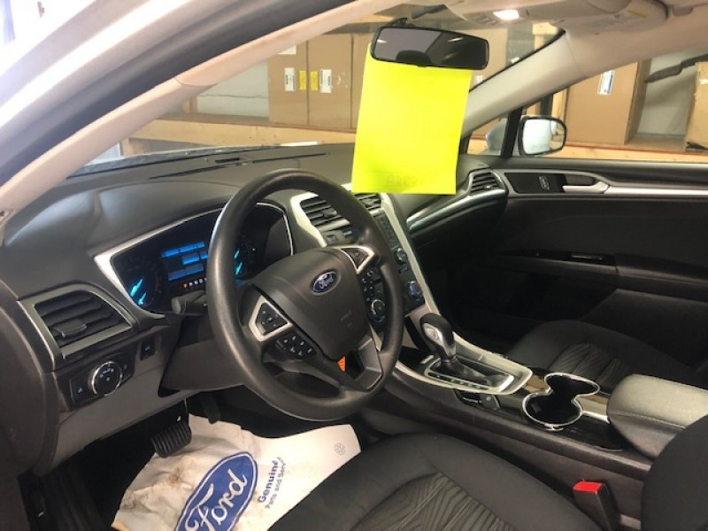 2016 Ford Fusion SE  - Reverse Sensing - $118 B/W