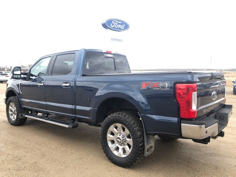 2017 Ford F-250 Super Duty Lariat Ultimate Package