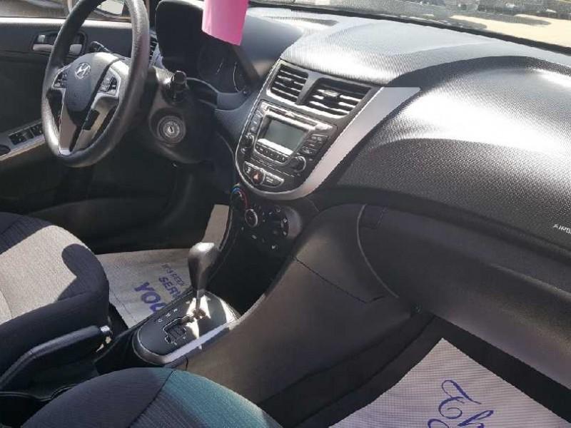 2017 Hyundai Accent SE Hatch  - Sunroof -  Bluetooth - $115 B/W
