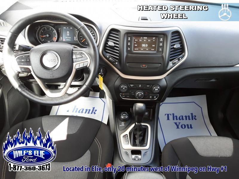 2015 Jeep Cherokee Sport   - Heated Steering Wheel!