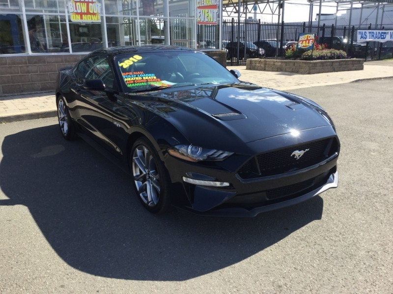 2018 Ford Mustang GT Coupe   - Low Mileage,  V8