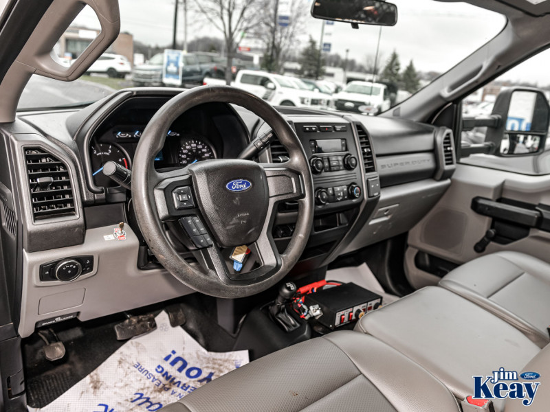 2017 Ford F-550 Châssis-cabine