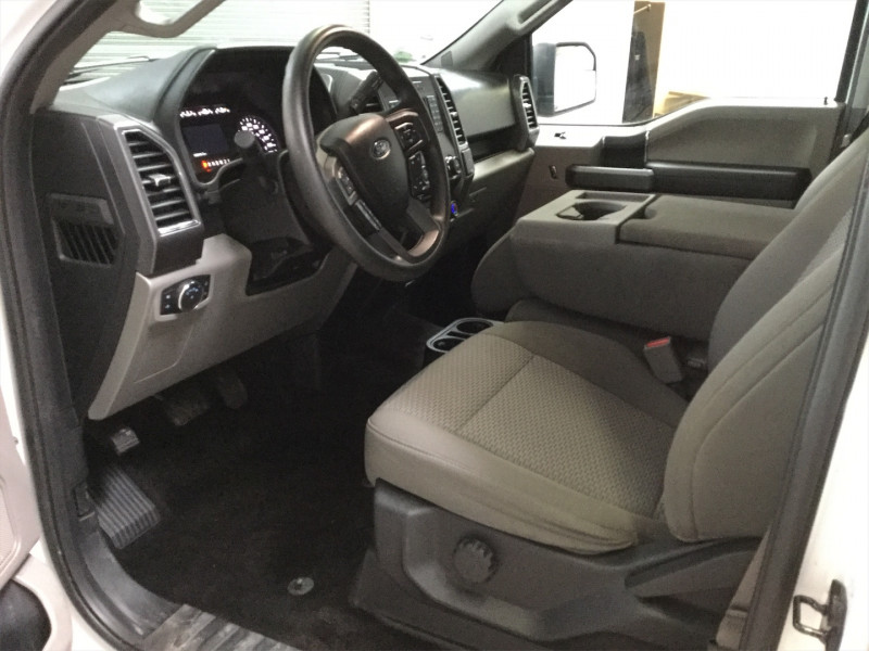 2017 Ford F-150 XLT  4x4 - Tow Package - 5.0 V8