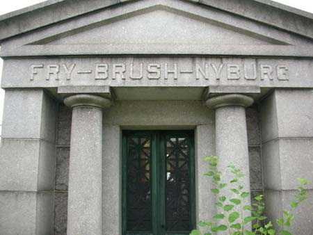 BRUSH, FAMILY MAUSOLEUM - Queens County, New York | FAMILY MAUSOLEUM BRUSH - New York Gravestone Photos