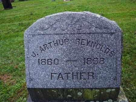 REYNOLDS, J ARTHUR - Rensselaer County, New York   J ARTHUR REYNOLDS - New York Gravestone Photos