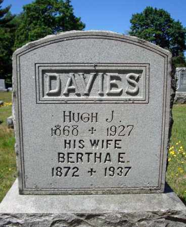 DAVIES, BERTHA E - Saratoga County, New York | BERTHA E DAVIES - New York Gravestone Photos