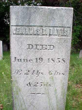 DAVIS, CHARLES E - Saratoga County, New York | CHARLES E DAVIS - New York Gravestone Photos