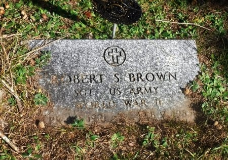 BROWN (WWII), ROBERT S - Suffolk County, New York | ROBERT S BROWN (WWII) - New York Gravestone Photos
