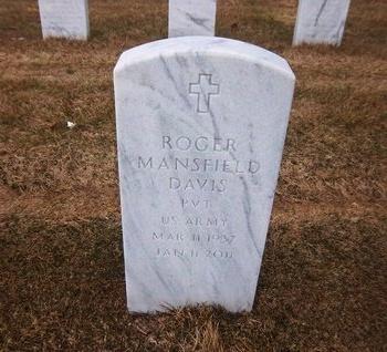 DAVIS (SERV), ROGER MANSFIELD - Suffolk County, New York | ROGER MANSFIELD DAVIS (SERV) - New York Gravestone Photos