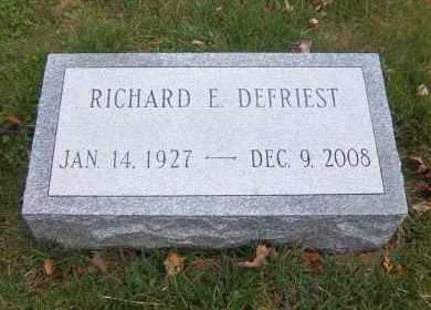 DEFRIEST, RICHARD E. - Suffolk County, New York   RICHARD E. DEFRIEST - New York Gravestone Photos