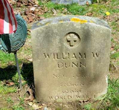 DUNN, WILLIAM W - Suffolk County, New York | WILLIAM W DUNN - New York Gravestone Photos