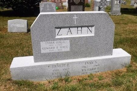 ZAHN, ESTELLE V - Suffolk County, New York | ESTELLE V ZAHN - New York Gravestone Photos