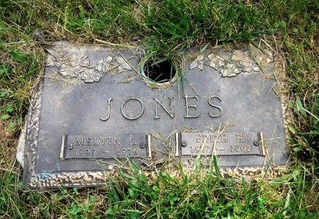 JONES, MELVIN L - Suffolk County, New York   MELVIN L JONES - New York Gravestone Photos