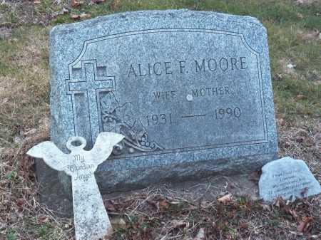 MOORE, ALICE - Suffolk County, New York   ALICE MOORE - New York Gravestone Photos
