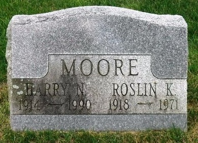 MOORE, ROSLIN K - Suffolk County, New York | ROSLIN K MOORE - New York Gravestone Photos