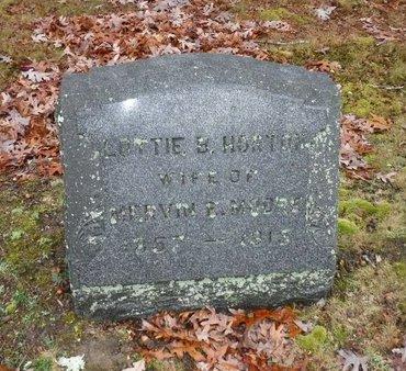 MOORE, LOTTIE B - Suffolk County, New York | LOTTIE B MOORE - New York Gravestone Photos