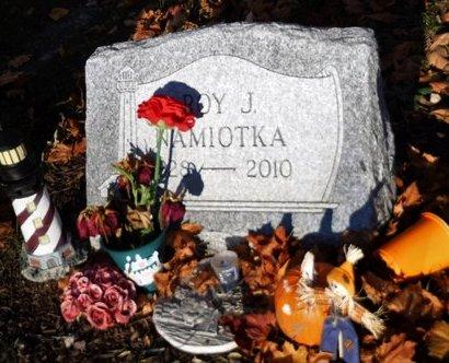 NAMIOTKA, ROY J - Suffolk County, New York | ROY J NAMIOTKA - New York Gravestone Photos