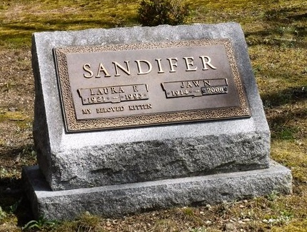 SANDIFER, LAURA E - Suffolk County, New York | LAURA E SANDIFER - New York Gravestone Photos