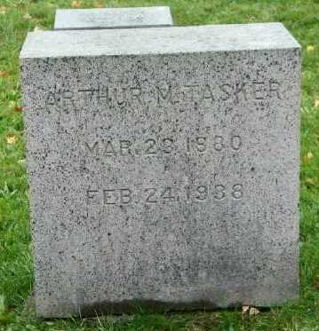 TASKER, ARTHUR M - Suffolk County, New York | ARTHUR M TASKER - New York Gravestone Photos