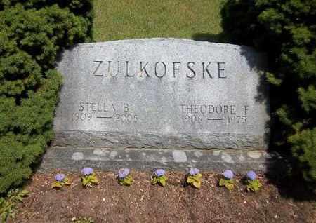 ZULKOFSKE, THEODORE F - Suffolk County, New York | THEODORE F ZULKOFSKE - New York Gravestone Photos