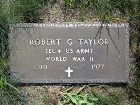 TAYLOR (WWII), ROBERT G - Warren County, New York   ROBERT G TAYLOR (WWII) - New York Gravestone Photos