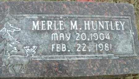 HUNTLEY, MERLE M. - Klamath County, Oregon   MERLE M. HUNTLEY - Oregon Gravestone Photos