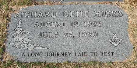 HICKS, RICHARD GENE - Lincoln County, Oregon | RICHARD GENE HICKS - Oregon Gravestone Photos