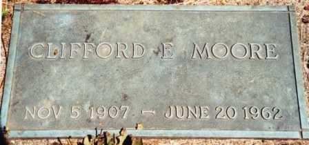 MOORE, CLIFFORD EZRA - Lincoln County, Oregon   CLIFFORD EZRA MOORE - Oregon Gravestone Photos