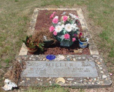 MILLER, BOBBY D - Linn County, Oregon | BOBBY D MILLER - Oregon Gravestone Photos