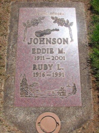 JOHNSON, EDDIE M - Marion County, Oregon | EDDIE M JOHNSON - Oregon Gravestone Photos