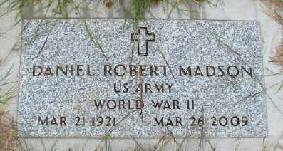MADSON (WWII), DANIEL ROBERT - Marion County, Oregon | DANIEL ROBERT MADSON (WWII) - Oregon Gravestone Photos