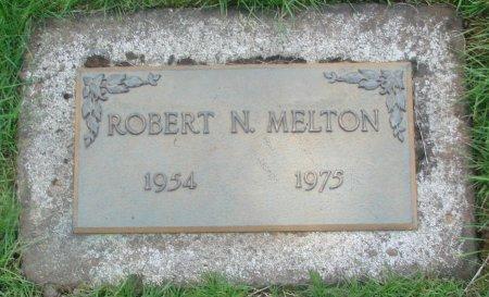 MELTON, ROBERT N - Marion County, Oregon   ROBERT N MELTON - Oregon Gravestone Photos