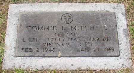MITCHELL, TOMMIE LEE - Marion County, Oregon   TOMMIE LEE MITCHELL - Oregon Gravestone Photos
