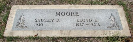 MOORE, LLOYD LAVERNE - Marion County, Oregon | LLOYD LAVERNE MOORE - Oregon Gravestone Photos