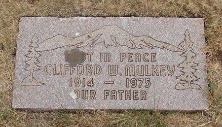 MULKEY, CLIFFORD W - Marion County, Oregon | CLIFFORD W MULKEY - Oregon Gravestone Photos