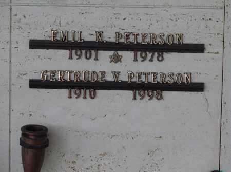 PETERSON, GERTRUDE V - Marion County, Oregon | GERTRUDE V PETERSON - Oregon Gravestone Photos