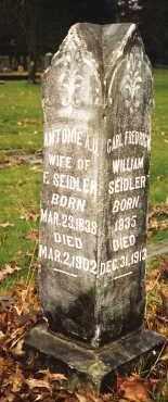 MUEHLBACH SEIDLER, ANTONIE A. U. - Multnomah County, Oregon | ANTONIE A. U. MUEHLBACH SEIDLER - Oregon Gravestone Photos