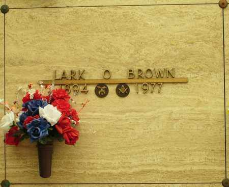 BROWN, LARK O - Polk County, Oregon | LARK O BROWN - Oregon Gravestone Photos