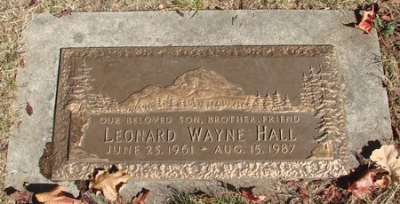 HALL, LEONARD WAYNE - Polk County, Oregon   LEONARD WAYNE HALL - Oregon Gravestone Photos