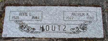 HOUTZ, ARTHUR R - Polk County, Oregon | ARTHUR R HOUTZ - Oregon Gravestone Photos
