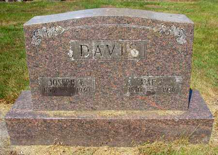 DAVIS, MAE L - Tillamook County, Oregon | MAE L DAVIS - Oregon Gravestone Photos