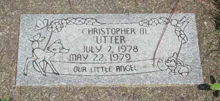 UTTER, CHRISTOPHER MICHAEL - Tillamook County, Oregon | CHRISTOPHER MICHAEL UTTER - Oregon Gravestone Photos