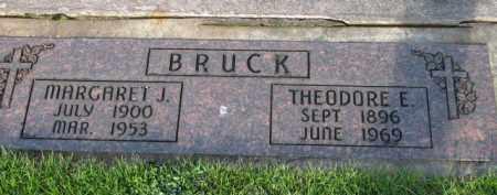 BRUCK, THEODORE E. - Washington County, Oregon | THEODORE E. BRUCK - Oregon Gravestone Photos