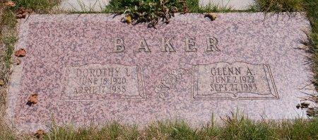 BAKER BAKER, DOROTHY LENORE - Yamhill County, Oregon | DOROTHY LENORE BAKER BAKER - Oregon Gravestone Photos