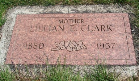 CLARK, LILLIAN EDNA - Yamhill County, Oregon | LILLIAN EDNA CLARK - Oregon Gravestone Photos
