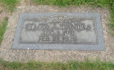 DANIELS, ELMER A - Yamhill County, Oregon | ELMER A DANIELS - Oregon Gravestone Photos
