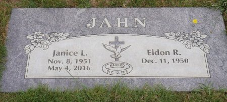 JAHN, JANICE L - Yamhill County, Oregon | JANICE L JAHN - Oregon Gravestone Photos